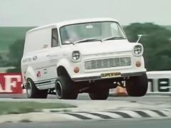 Самые странные вмире гоночные машины водном видео