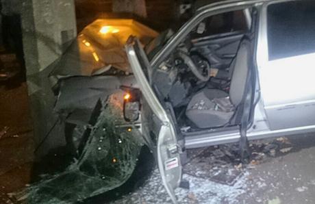Вночном ДТП умер пассажир